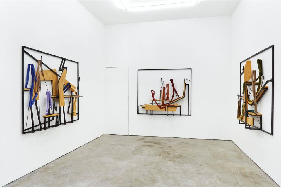 Castor Gallery